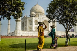 The Indian woman traditional rituals tai mahal